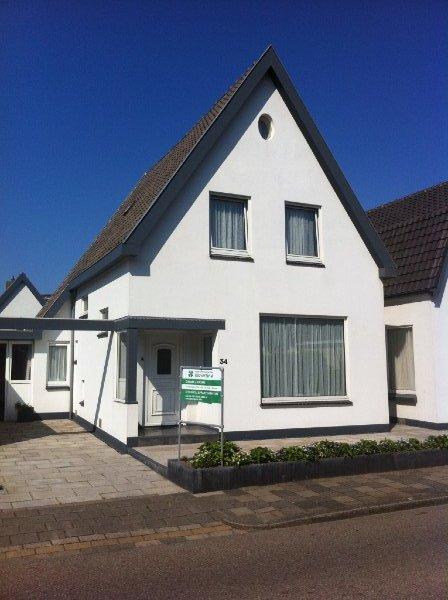Julianaweg 34 wijk aan zee klavertje vier for Verhuur gemeubileerde woning