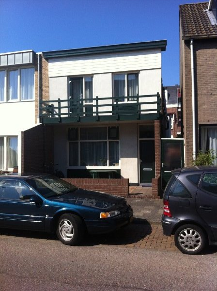 julianaweg-6-en-middenweg-3-bovenwoning